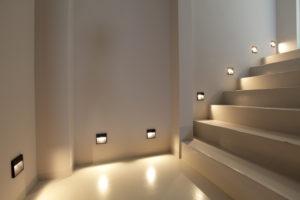 LED-osveshhenie-dlya-lestnitsy
